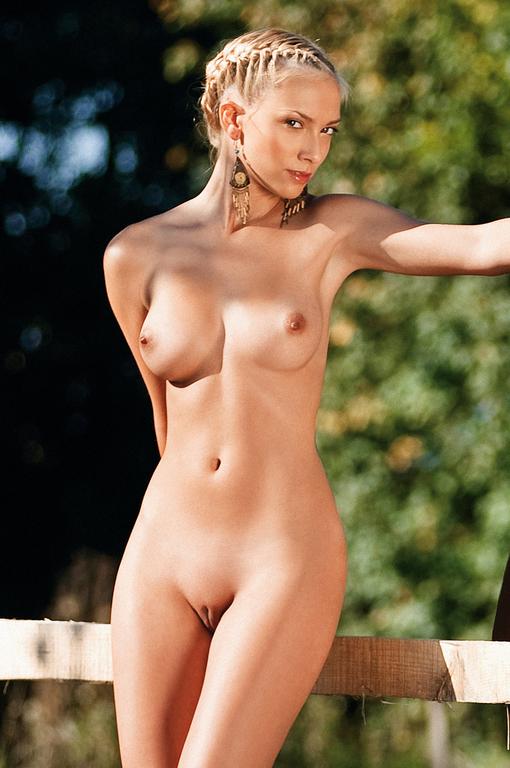 голые дев фото