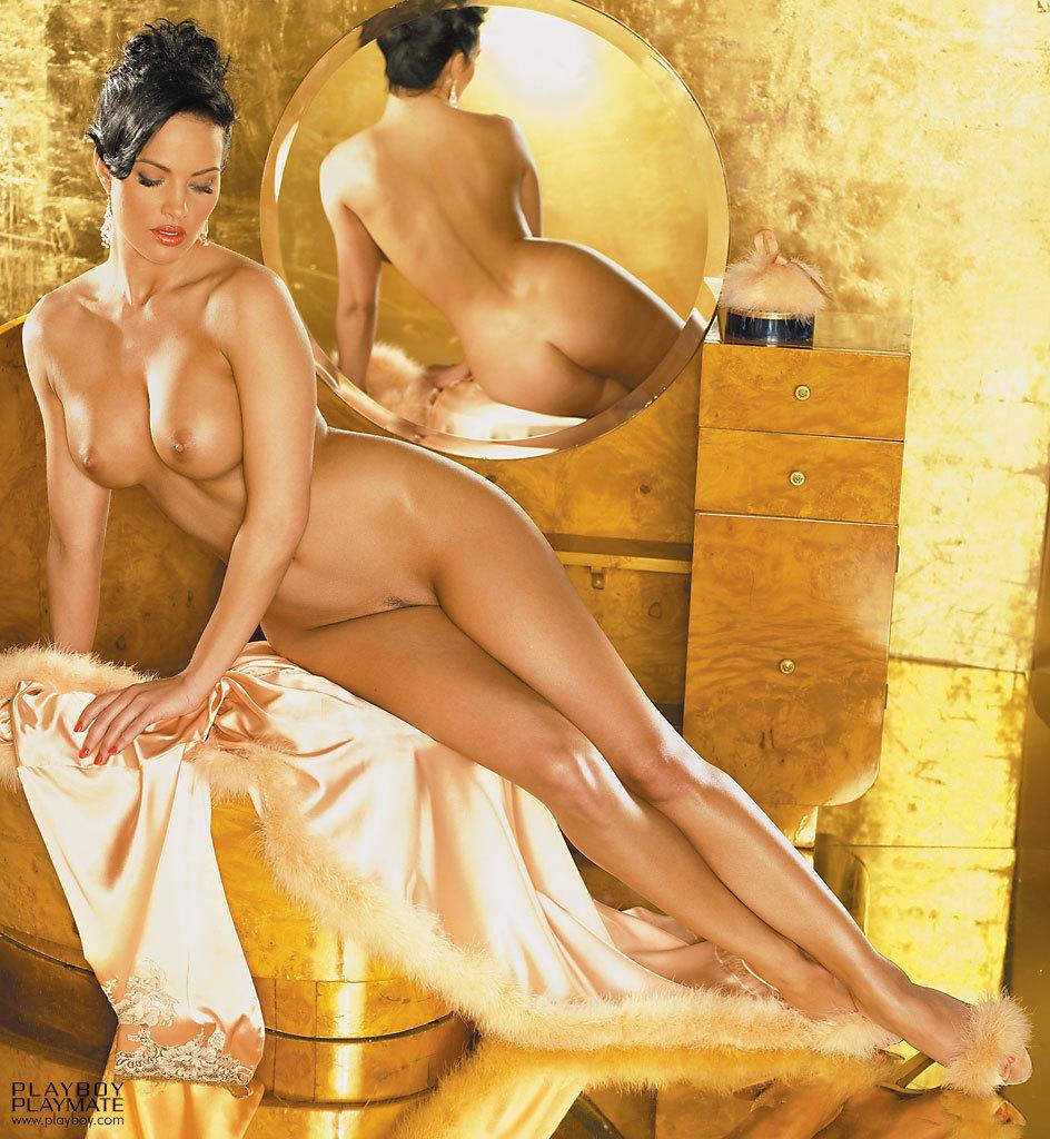 Tiffany Claus Nude 84