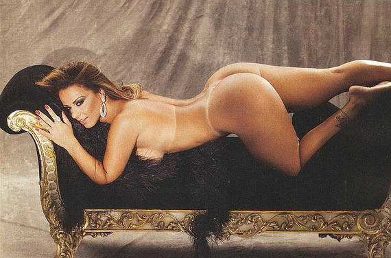 Viviana Araujo Nude 121
