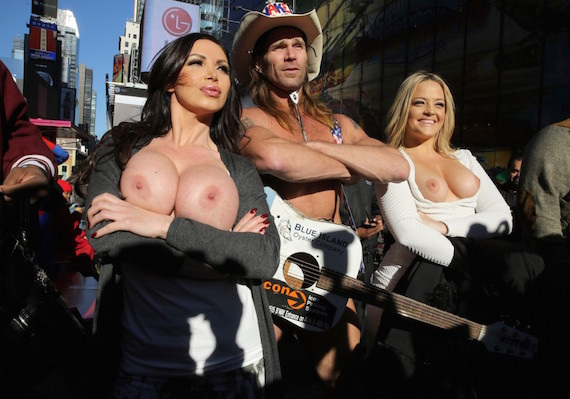 Nikki Benz and Alex Texas Topless Misadventures in Times Square and other Hot Links
