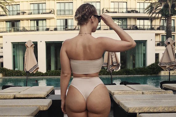 PAWG Bianca Elouise in Bikinis and other Hot Links