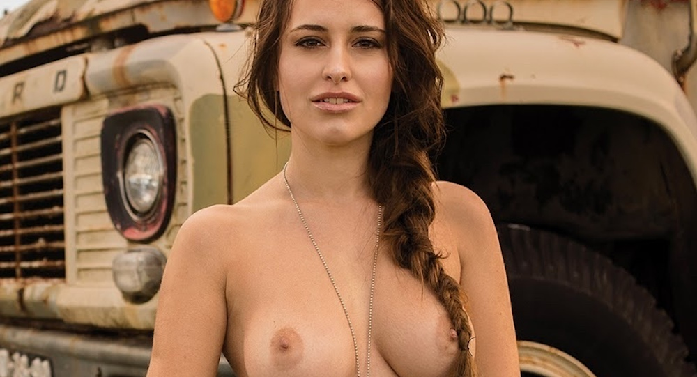 A brunette who loves to be fucked 10